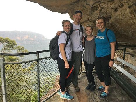 [Illinois students in Australia]