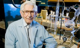 Fred Kummerow in his laboratory, he has spent his career battling trans fats