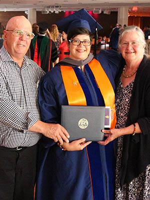 Lynsee Melchi DVM Graduation
