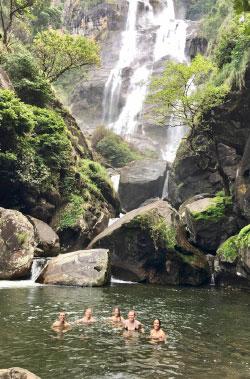 [swimming in the waterfall]