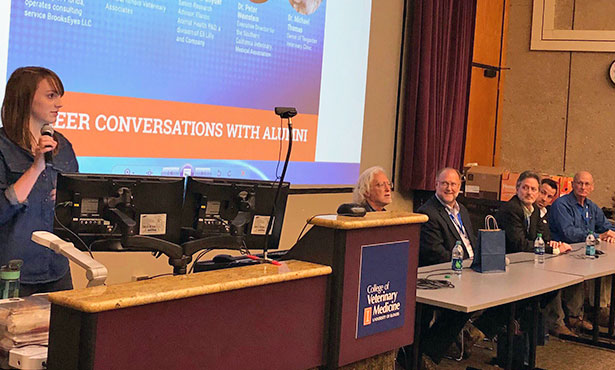 [Illinois veterinary alumni speak to students]