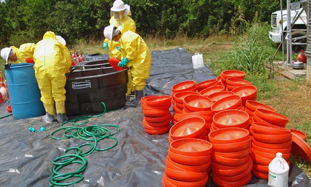 [scene from food animal disease outbreak training]